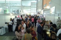 Público prestigia a 6ª edição do bazar da Ateal