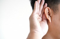 young-man-hearing-loss-sound-waves-simulation-technology_36325-917